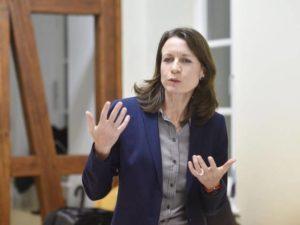 Cornelia Weigend stellte sich als Bürgermeisterkandidatin stellt sich vor