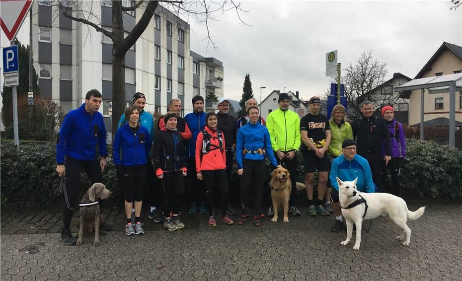 Bürgermeisterkandidatin absolviert traditionell den Heiligabend-Lauf des SV Altenahr