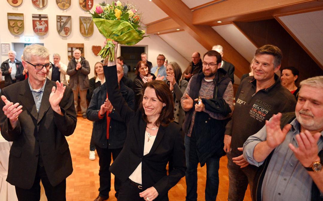 Überraschung: Weigand erobert Altenahrer Rathaus im Sturm